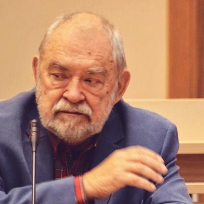 Prof Bohdanovičius iš konsultacinio centro AKMED.